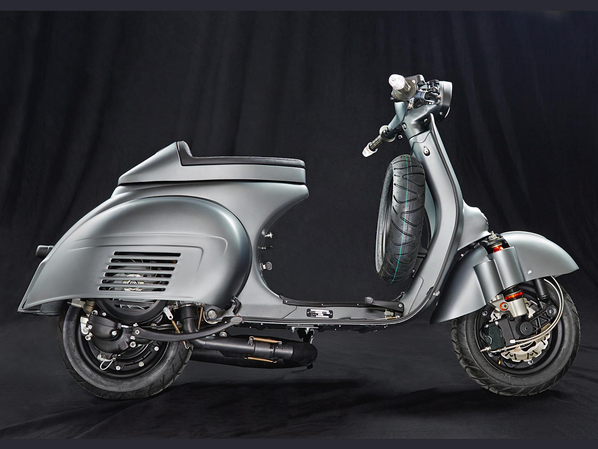 Custom-Vespa-GL-221