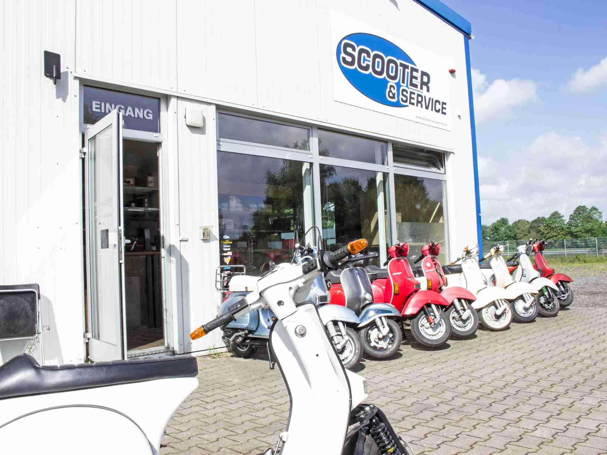Scooter & Service Vespa Shop